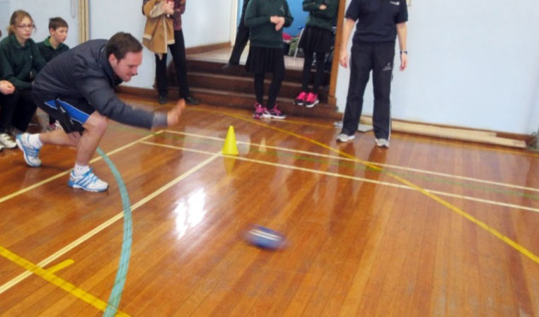 The Head of Year Mr Hill used the practice session to show the pupils how it was done!