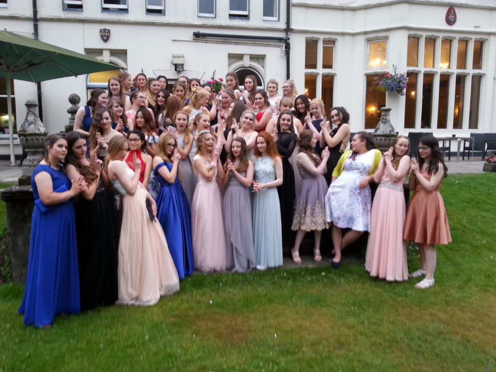 Test Valley School Year 11 Prom 2017